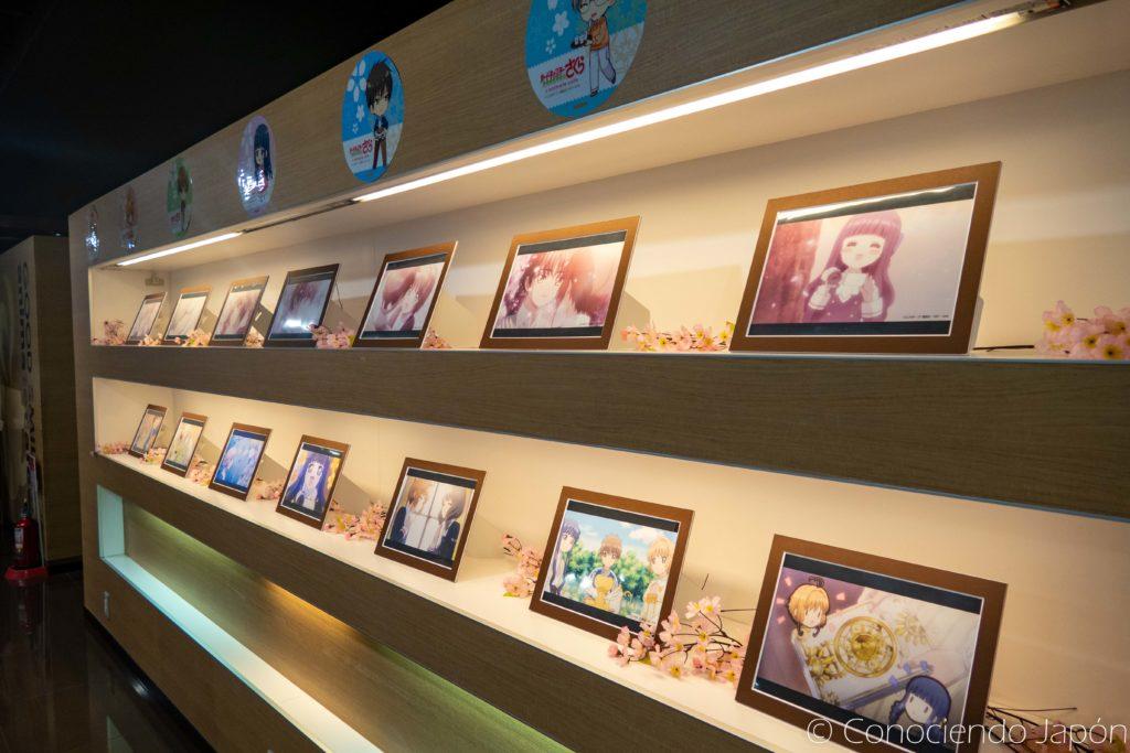 Decoración con la temática de CCS en el Animate Cafe
